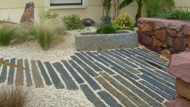 Divers am nagements jardin min ral romill artisan for Jardin mineral