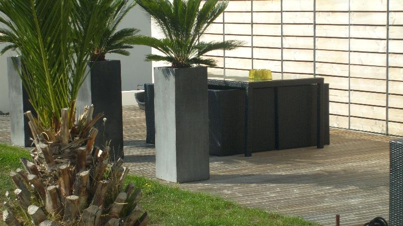 Terrasse en bois cesson s vign for Cesson sevigne piscine