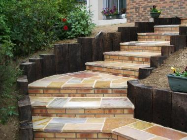 Escalier en pierres - Saint Grégoire