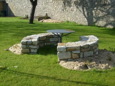 Bancs en pierre - Dinan