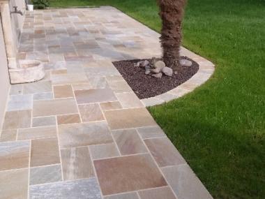 Terrasse en pierre - Paysagiste à Pacé