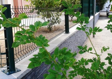 Muret avec clôture - Chavagne