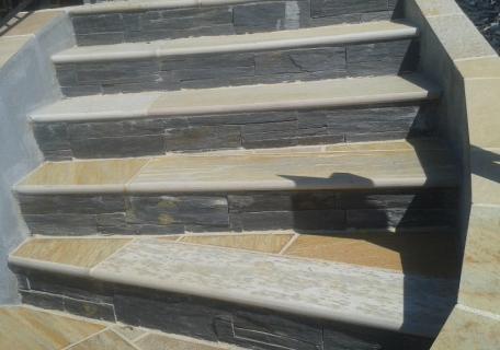 Recouvrement d' un escalier - Melesse