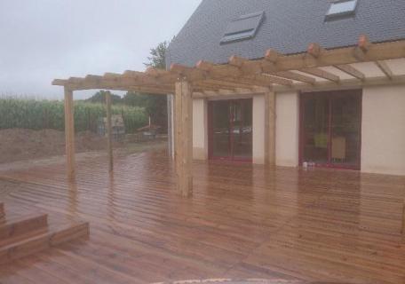 Terrasse en bois à Allaire