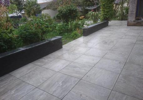 Création d'une terrasse sur plots à Rennes