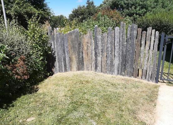 Clôture piquets de schiste noir Gévezé