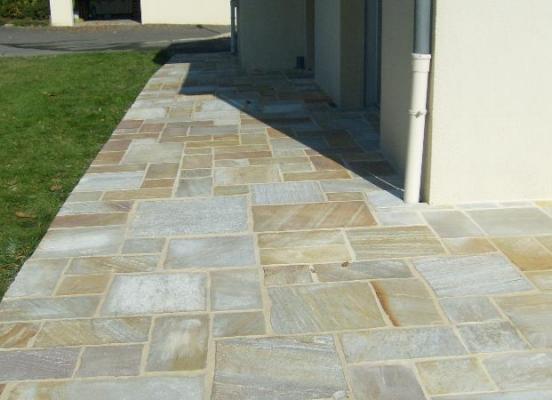 Terrasse en pierre - Melesse