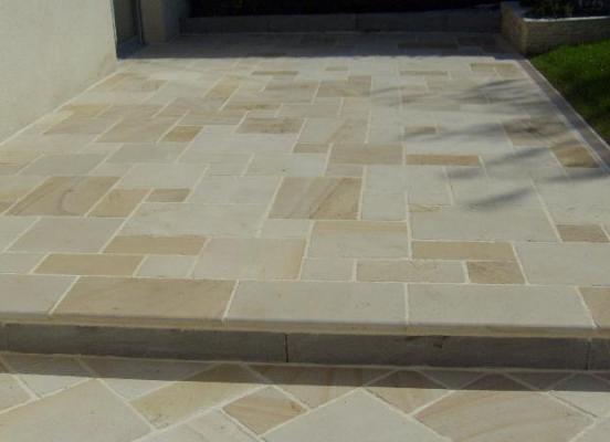 Terrasse en pierre - Chantepie
