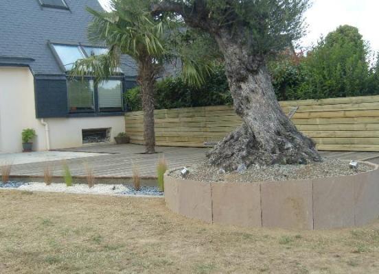Bois, pierre et végétaux - Vignoc